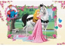 Fototapeta na flizelinie  Śpiąca królewna - Aurora i koń (305VE)