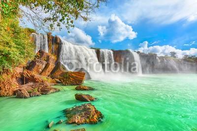 Fototapeta Lazurowy wodospad