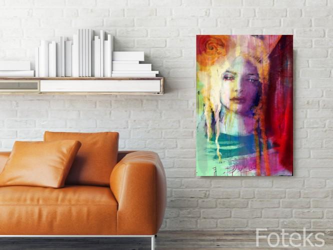 Kobieta w pastelach